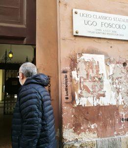 Gino Fanelli presidente di Helpis onlus al Liceo Classico Ugo Foscolo di Pavia incontri contro il bullismo e cyberbullismo