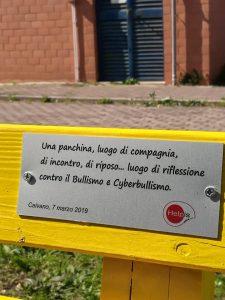 Gino Fanelli presidente di Helpis onlus la PRIMA  Panchina Gialla al SUDd a Caivano Napoli