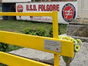 Gino Fanelli presidente di Helpis onlus la Panchina Gialla alla scuola calcio U:S:D: Folgore di Pavia