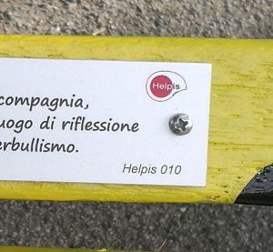 panchina gialla contro il bullismo ad Albisola Superiore