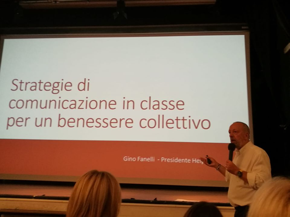 formazione docenti di Helpis, tecniche di comunicazione, bullismo in classe