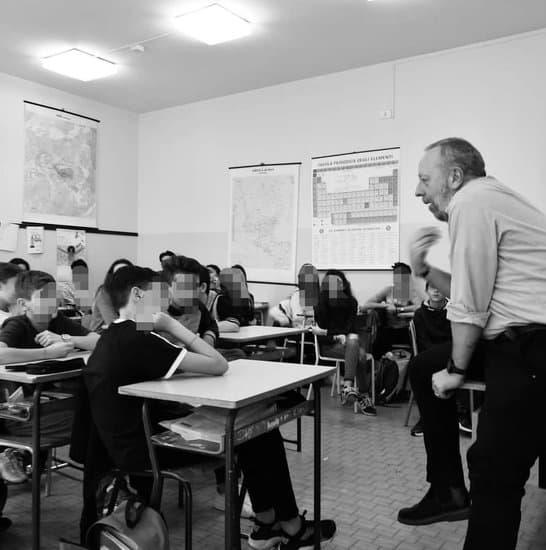 interventi di Helpis a scuola contro il bullismo e il cyberbullismo